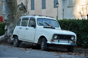 renault-4-early-1980s-1