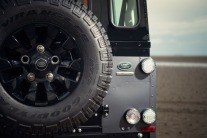 land-rover-defender-2015-16