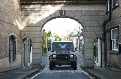 land-rover-defender-2015-17