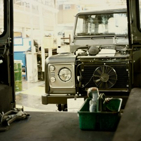 Here's how Land Rover builds the Defender in Solihull, England [video]