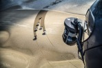 land-rover-drawing-in-sand-15