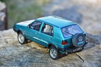 ottomobile-118-scale-volkswagen-golf-country-5