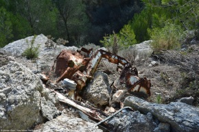 Rust in peace: Abandoned cars in an abandoned quarry