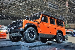 ranwhenparked-geneva2015-land-rover-defender-limited-edition-12