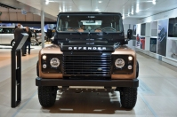 ranwhenparked-geneva2015-land-rover-defender-limited-edition-2