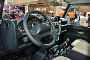ranwhenparked-geneva2015-land-rover-defender-limited-edition-25