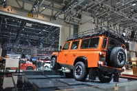 ranwhenparked-geneva2015-land-rover-defender-limited-edition-8