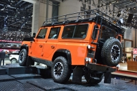 ranwhenparked-geneva2015-land-rover-defender-limited-edition-9