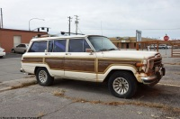 ranwhenparked-jeep-grand-wagoneer-2