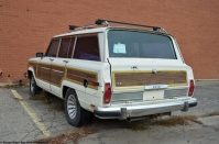 ranwhenparked-jeep-grand-wagoneer-6
