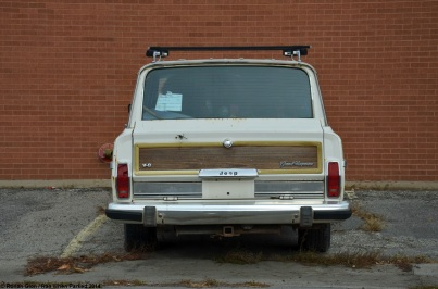 ranwhenparked-jeep-grand-wagoneer-9