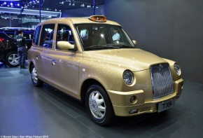 Live from the Shanghai Motor Show: London Taxi Company TX4