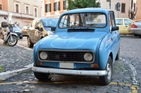 ranwhenparked-rome-2015-renault-4-blue-1
