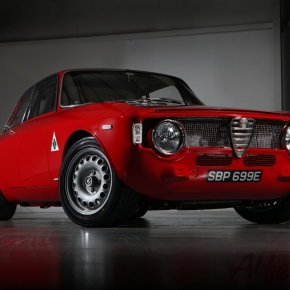 News: Alfa Romeo GT/GTV (105-series) gets resto-modded by Alfaholics