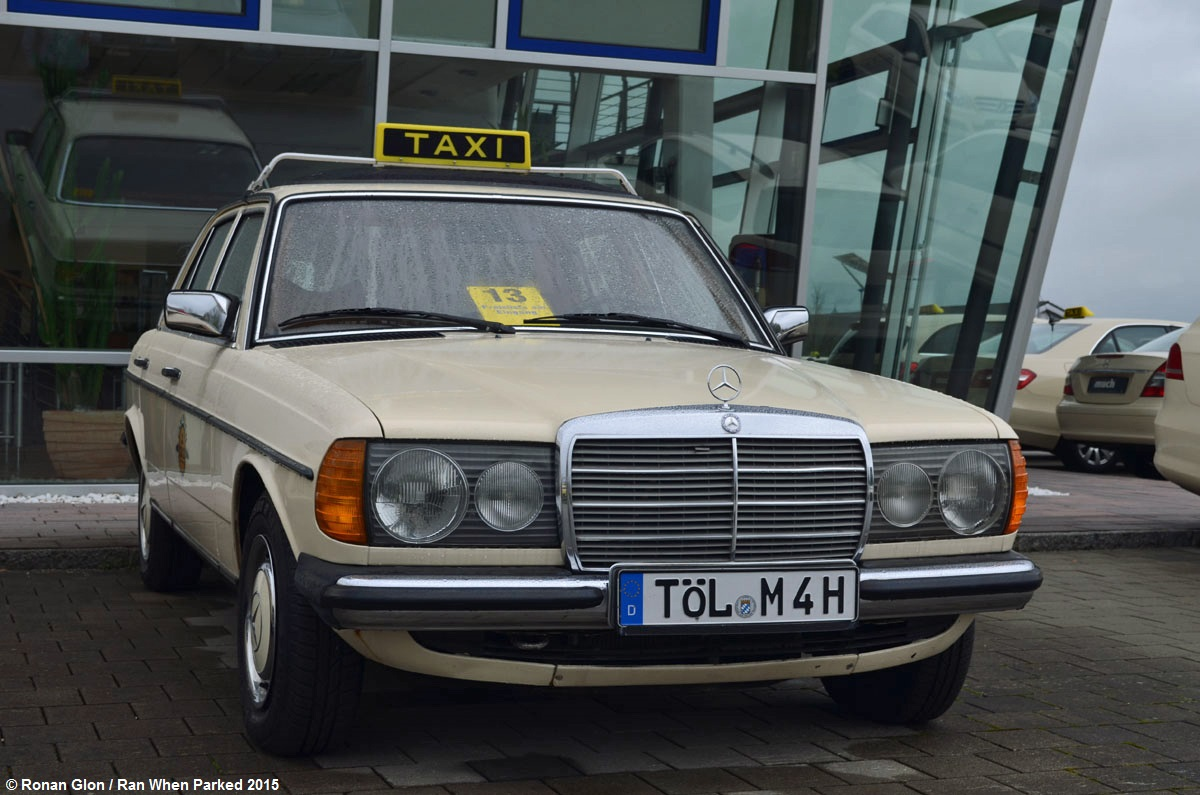 car lot find mercedes benz 220d w123 taxi ran when parked. Black Bedroom Furniture Sets. Home Design Ideas
