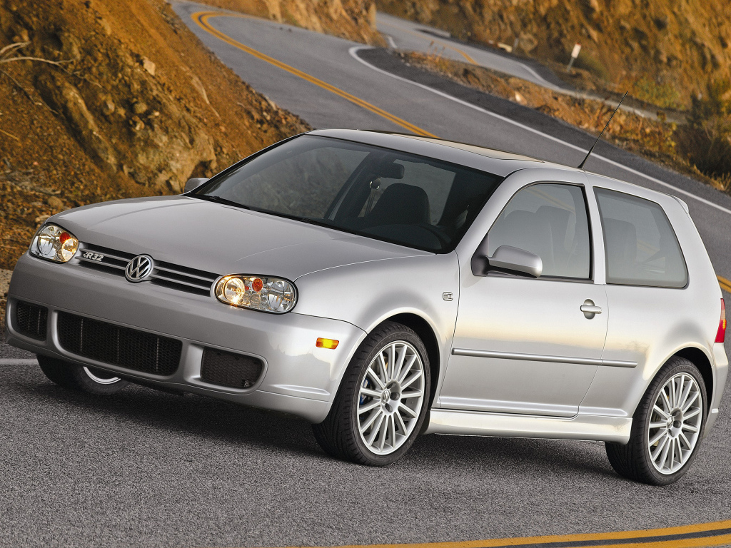 future classic the 2004 volkswagen golf r32 ran when parked. Black Bedroom Furniture Sets. Home Design Ideas
