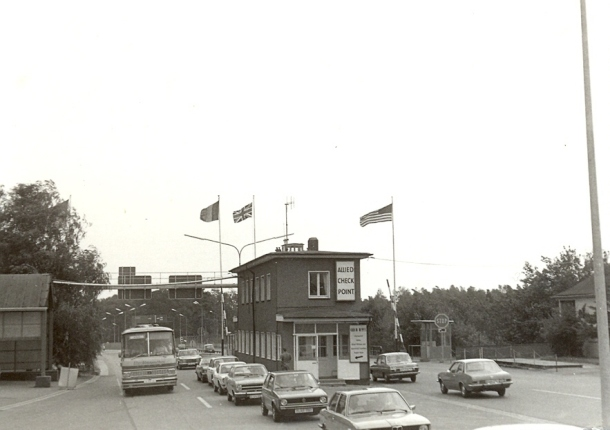 Helmstedt-Marienborn-1976-border-crossing-lower-saxony-1