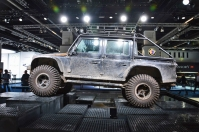ranwhenparked-iaa2015-land-rover-defender-9