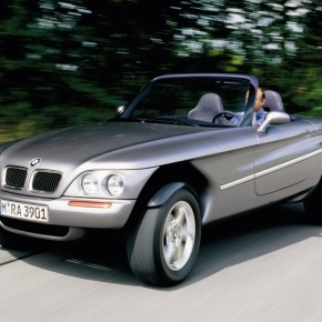 A look at the 1995 BMW Z18 concept, an off-roader that's halfway between a car and a motorcycle