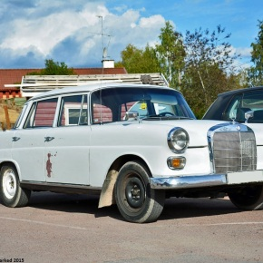 Driven daily: Mercedes-Benz 200D (w110)