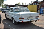 ranwhenparked-mercedes-benz-220d-w110-9