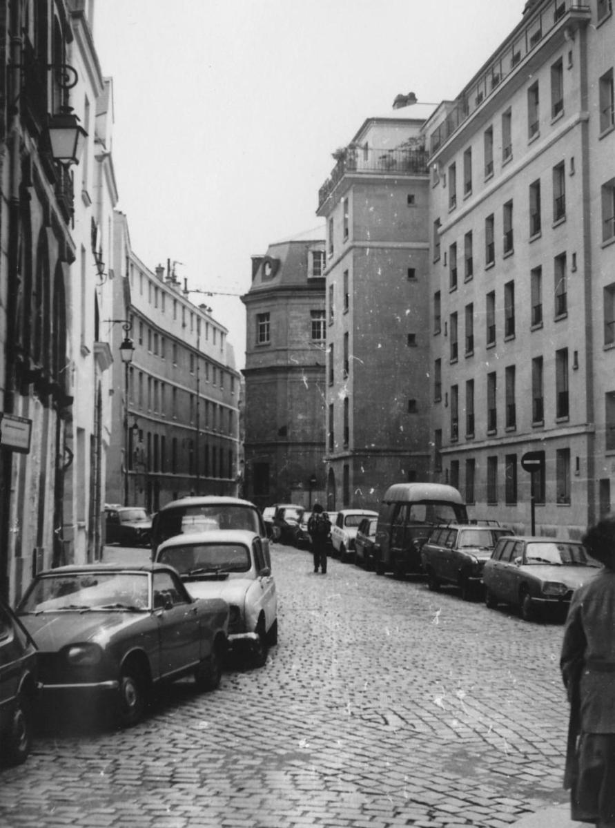 Rewind to paris france in 1981 ran when parked for Garage peugeot paris 16