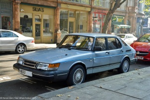 ranwhenparked-london-saab-900-1