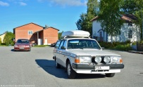 ranwhenparked-sweden-volvo-240-4