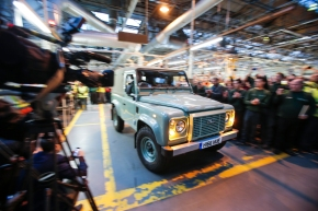 News: Land Rover builds the last Defender