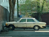 ranwhenparked-mercedes-benz-w123-240d-rust-1