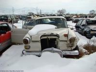 ranwhenparked-utah-junkyard-mercedes-200-2