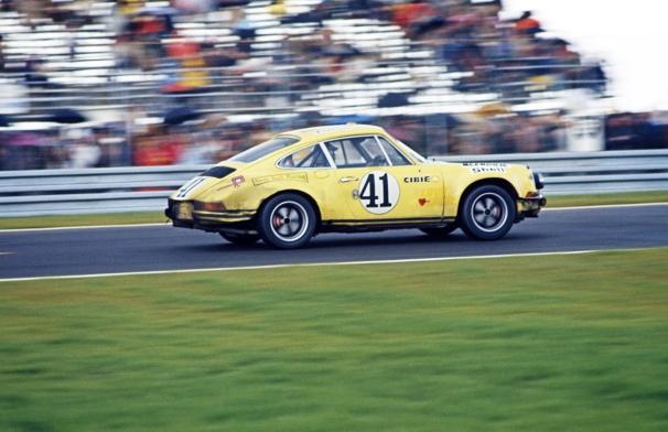 1972-porsche-911-st-2
