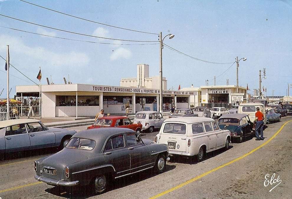 Rewind to la rochelle france in the 1960s ran when parked for Garage peugeot la rochelle