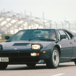 BMW classics: Looking back at the mid-engined M1