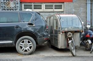 ranwhenparked-beijing-volkswagen-touareg-2