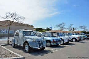 Events: The fifth annual Velaux Retro car show