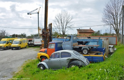 ranwhenparked-volkswagen-beetle-rust-in-peace-italy-1