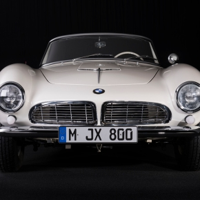 News: BMW restores Elvis' old 1957 507
