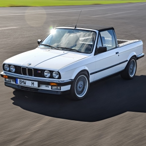 BMW built a one-off M3 Convertible pickup to transport parts