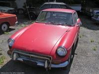 MG B GT rust in peace