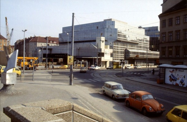 vienna-australia-1984-12