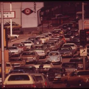 Rewind: early 1970s traffic jams in U.S.cities