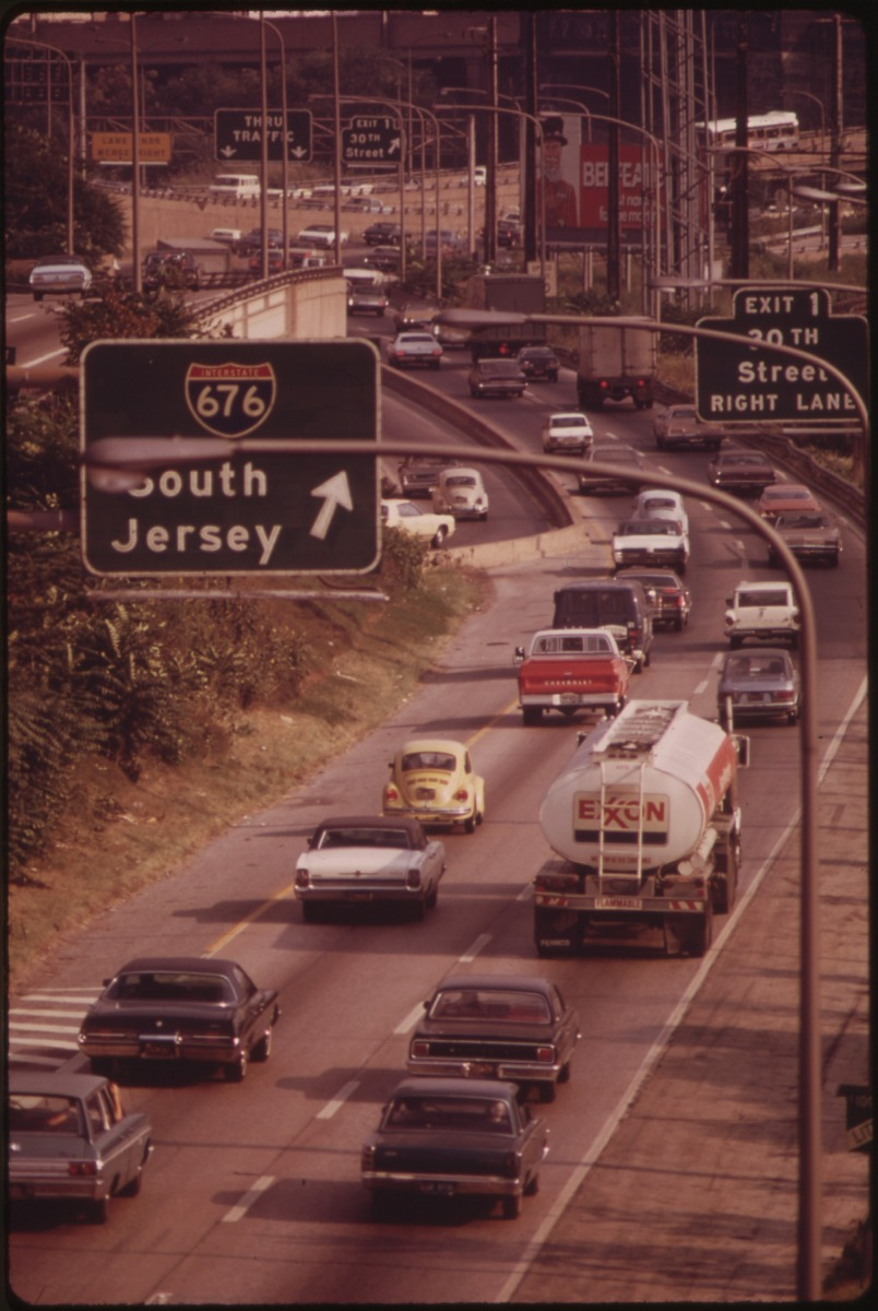 Virginia Truck Center >> Rewind: early 1970s traffic jams in U.S. cities (part two) | Ran When Parked