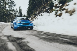 renault-alpine-a110-launch-edition-1