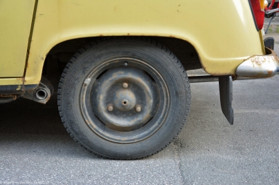 ranwhenparked-renault-4-tl-yellow-denmark-11