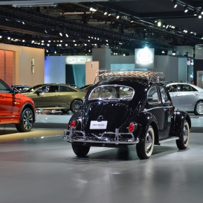 Live from the 2019 Detroit auto show: 1964 Volkswagen Beetle