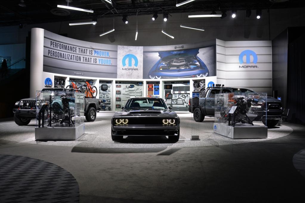 Live from the 2019 Detroit auto show: 1968 Dodge Super ...